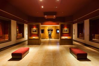 نمایشگاه دائمی آثار خاندان غفاری و کمال الملک
