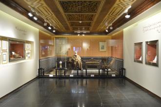 نمایشگاه حاج حسین آقا ملک