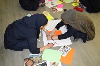 گشایش نمایشگاه آثار تکهچسبانی دانشآموزان در کارگاه طراحی تقویم کتابخانه و موزه ملی ملک