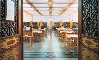 گفتوگو با «بانو شهیندخت ناصری» اهداکننده کتابخانه شادروان اتابکی به کتابخانه ملی ملک