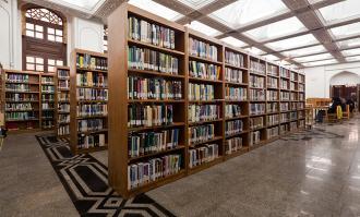 اهدای یکهزار نسخه از کتابخانه شخصی شادروان اتابکی به کتابخانه ملی ملک