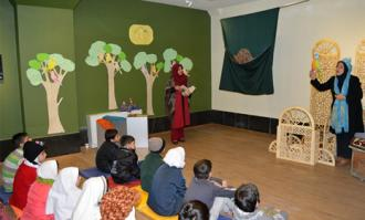 برگزاری کارگاه و تور قصهگویی «راز قصهها» در کتابخانه و موزه ملی ملک