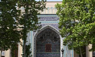 مسجد جامعی: کتاب عکسهای اربعین در کتابخانه و موزه ملی ملک رونمایی میشود