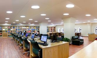 دعوت پژوهشگران و دوستداران کتاب به بهرهگیری از امکانات کتابخانه و موزه ملی ملک