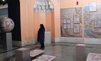 دو نمایشگاه «شاهنامه چاپ سنگی» و «هفت اقلیم» در کتابخانه و موزه ملی ملک گشایش یافت