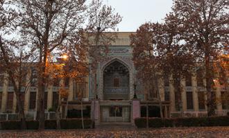 اداره کتابخانه و موزه ملی ملک برای یک روز به دوستداراناش سپرده میشود