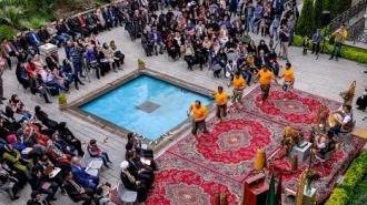 نخستین جشنواره و نمایشگاه دوختهای سنتی در کتابخانه و موزه ملی ملک گشایش یافت