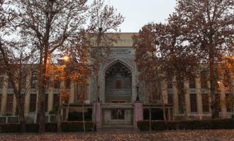 توقف یکروزه خدماترسانی کتابخانه و موزه ملی ملک در 15 تیر 1396