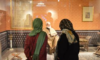 درهای پشت صحنه کتابخانه و موزه ملی ملک بر گردشگران و جهانگردان گشوده شد