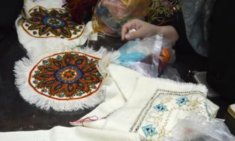 «تحلیل و بررسی دوختهای سنتی دوره قاجار» با سخنرانی شهین پزشکی