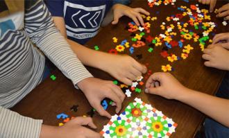 کارگاه آموزشی «آشنایی با نقوش هندسی در هنرهای اسلامی» ویژه کودکان و نوجوانان