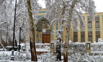 قلب تاریخی تهران و دردانه فرهنگی آن در روز برفی