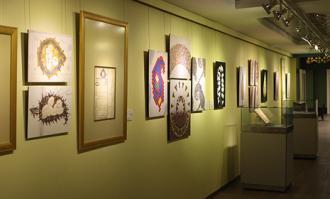 سروهای ایرانی از کتابخانه و موزه ملی ملک به موزه اقوام گرمسار رفتند