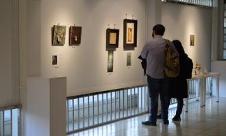 تولید آثار سفالی و سرامیکی برپایه گنجینه تصویرهای تاریخی کتابخانه و موزه ملی ملک