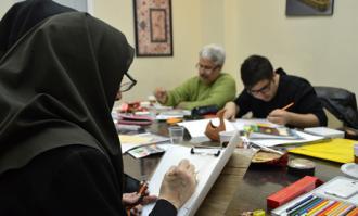 کارگاههای نقاشی ایرانی و نقاشی پشت شیشه و آینه، میزبان شهروندان در کتابخانه و موزه ملی ملک