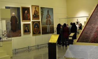روز پایانی دهمین جشنواره فرهنگی- هنری ماه هشتم در کتابخانه و موزه ملی ملک