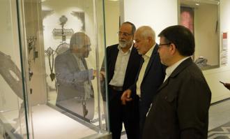 بازدید رییس ستاد دیه کشور از کتابخانه و موزه ملی ملک