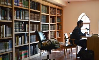 نشست «کتابخانهدرمانی؛ در ستایش کتاب نخواندن!» در کتابخانه و موزه ملی ملک برگزار شد