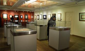گزیده آثار بانوان کاتب قرآن کریم در کتابخانه و موزه ملی ملک به نمایش درآمد