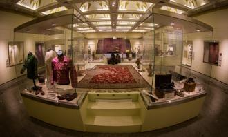 تور آشنایی با هنر و تمدن اسلامی- ایرانی در کتابخانه و موزه ملی ملک و موزه ملی ایران برگزار میشود