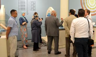دیدار استادان شرقشناسی روسی از کتابخانه و موزه ملی ملک