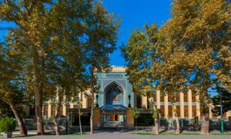 زمان خدماترسانی موسسه کتابخانه و موزه ملی ملک در روز شنبه یکم آبان 1400 خورشیدی