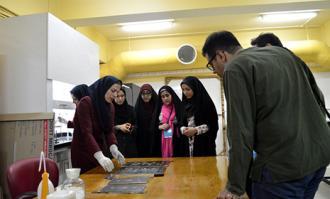 یک روز میهمانی در کتابخانه و موزه ملی ملک ... سفر به پشت صحنه یک موزه