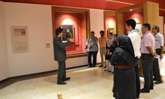 تور «یک روز مهمانی در کتابخانه و موزه ملی ملک»؛ روز نخست